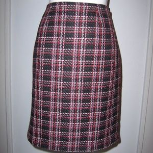 Madison Michelle 8 Skirt lined Plaid Black Red